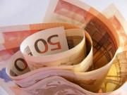 Geld ins Heimatland zur Familie senden